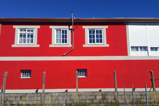 fachada-roja-antifisuras